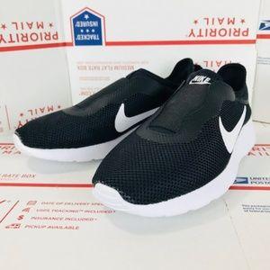 Women's Nike Tanjun Slip On 902866 002 Size 7